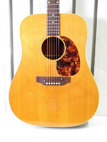 canadian vintage guitar hunt 1972 gibson j 50 acoustic guitar. Black Bedroom Furniture Sets. Home Design Ideas