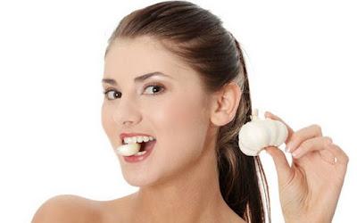 10 Manfaat Luar Biasa Bawang Putih Untuk Kecantikan Kulit Wajah