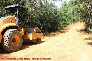 Penimbunan & Pengerukan Jalan Tanjung-Penanjung Hampir Selesai