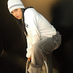 Andrea Rincon, Selena Spice Galeria 19: Buso Blanco y Jean Negro, Estilo Rapero Foto 31