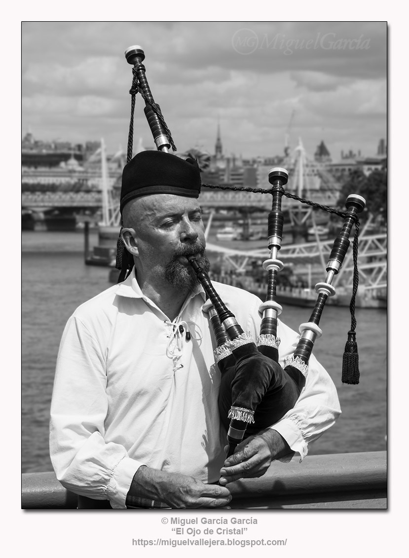 Aires de Escocia en Westminster Bridge