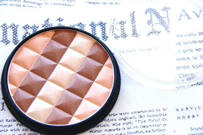 NYC Sun 'n' bronze bronzing powder in Hamptons radiance