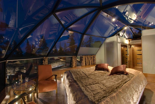 http://www.kakslauttanen.fi/en/accommodation/#glass-igloos