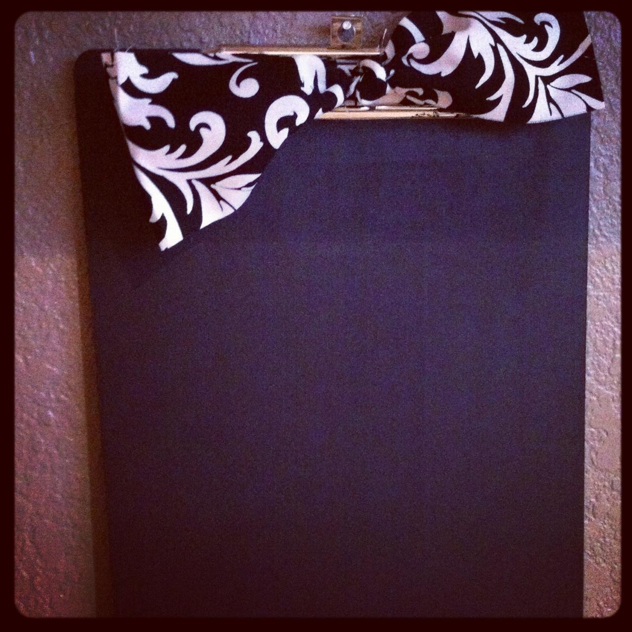 Simply Sweet PS: diy loves--chalkboard clipboards