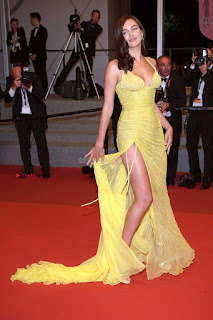 Irina+Shayk+Gets+Naughty+Exposing+her+full+boobs+at+the+Premiere+of+Hikari+at+Cannes+004.jpg