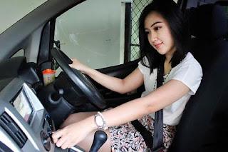 Sewa Bus Pariwisata Surabaya Murah