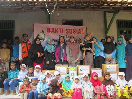 Persatuan Wanita Patra Berkunjung ke Pesantren Istiqomah Gerem Cilegon