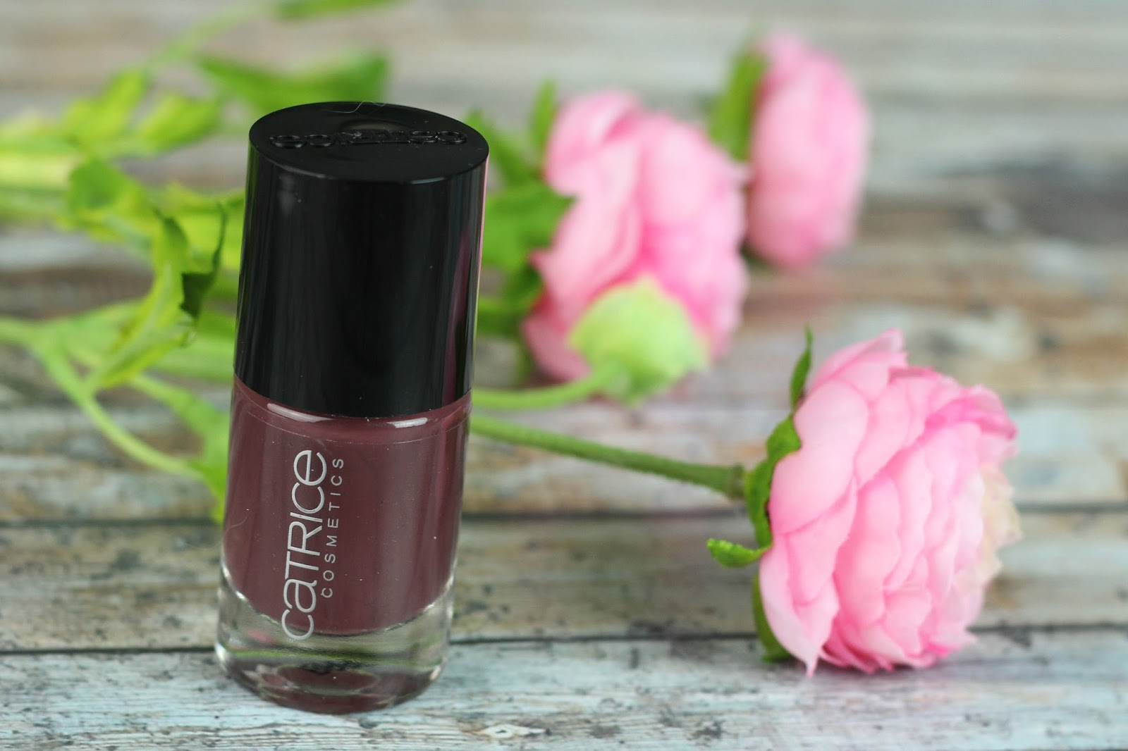 CATRICE, cremelack, deckkraft, drogerie, farbtrends, glänzendes finish, haltbarkeit, nagellack, nailpolish, neues sortiment, Neuheiten Herbst / Winter 2016, review, swatches, tragebilder, Ultimate Nail Lacquer,