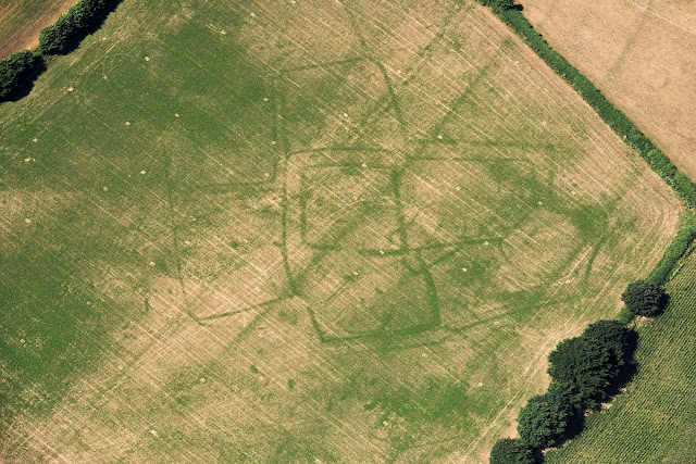 Britain's dry summer reveals ancient sites