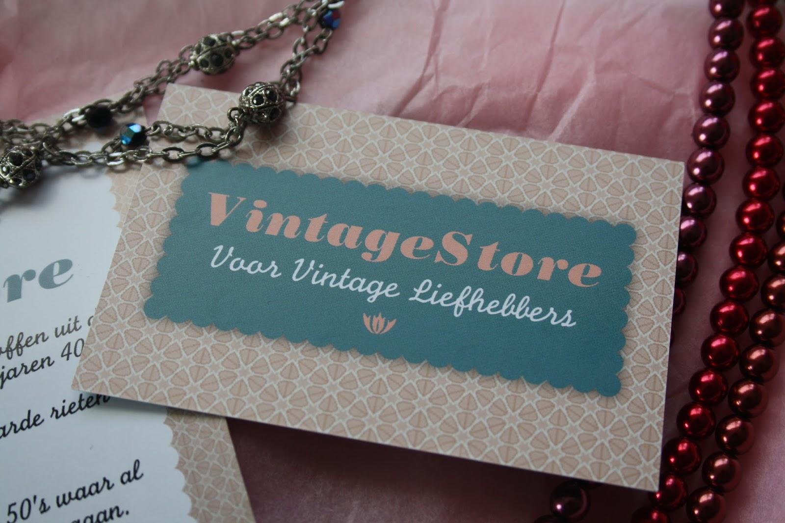 798efaaa5ded7f Daarom deel ik met jullie mijn nieuwe ontdekking  www.vintagestore.nl.  VintageStore is een echte webshop voor vintage liefhebbers inclusief  romantische look ...