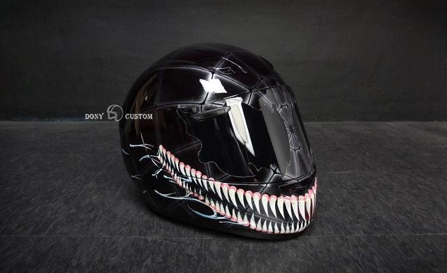 Cascos de Spiderman y Venom  La Guarida Geek