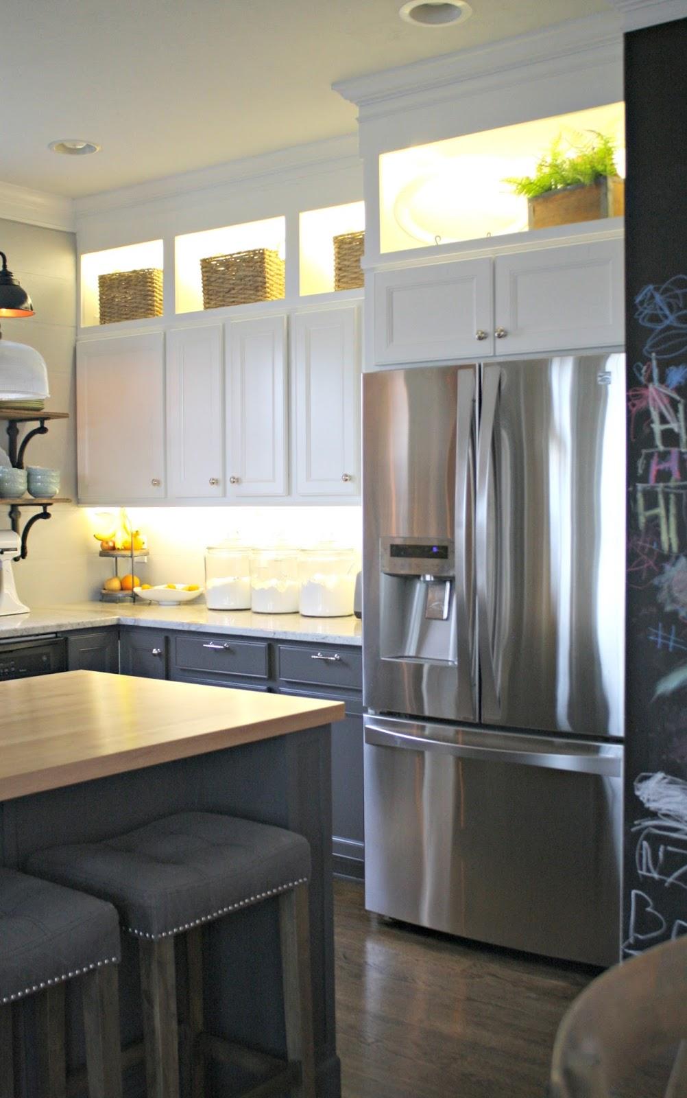 diy upper and lower cabinet lighting