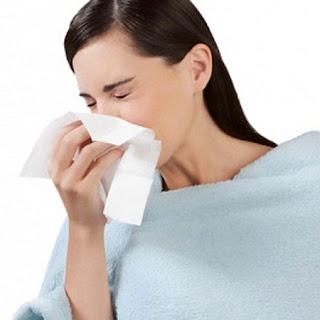 Viêm amidan do bệnh viêm mũi xoang