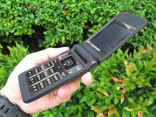 Samsung S3600 Flip Seken Phonebook 1000 Slot MicroSD Camera