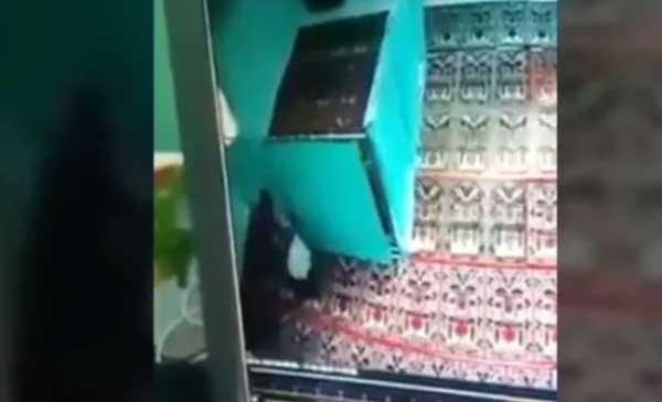 Sejoli Mesum di Dalam Masjid At Taqwa Salatiga Terekam CCTV