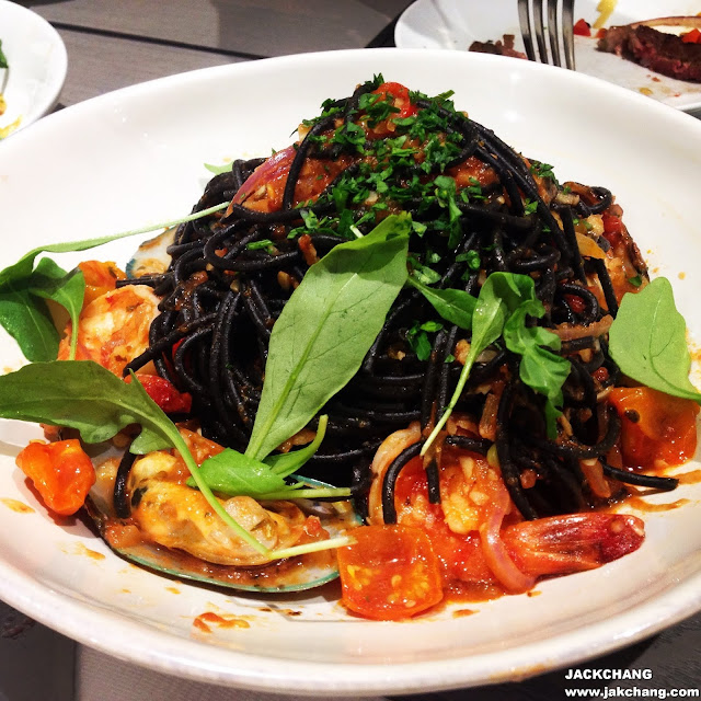 Black Pasta,with shrimp and mussel