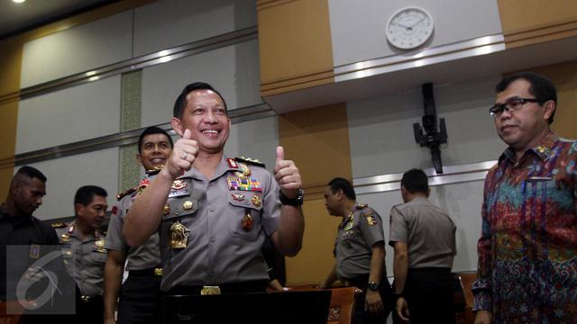 Jaga Netralitas, Anggota Polisi Dilarang Berfoto Pose Dua Jari