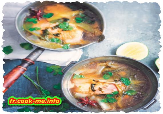 Pot-au-feu de poulet asiatique