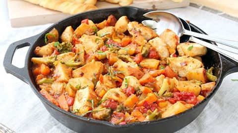CHICKEN AND VEGETABLE SKILLET RECIPE