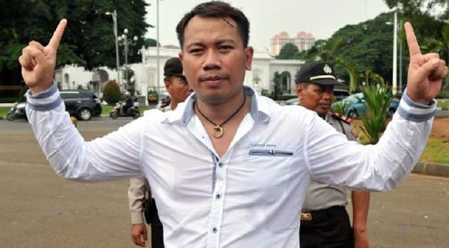 Vicky Prasetyo Maju Jadi Walikota Bekasi !! Netizen Pun Langsung Beri Respon Begini..