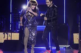 Fotos de La Tigresa del Oriente bailando con Gabo Ramos en premios Shock