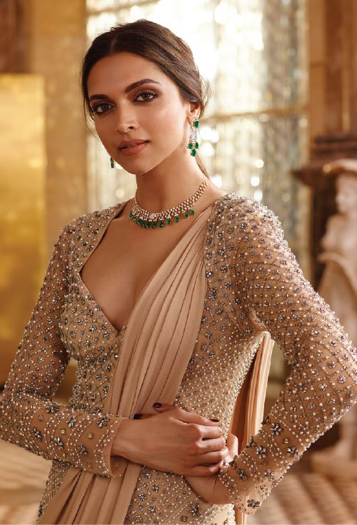 Deepika-Padukone-tanishq-jewellery-photoshoot-Queen-of-heart-2016