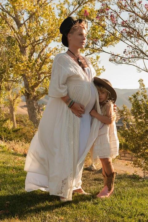 pink incinta del secondo figlio, la foto annuncio