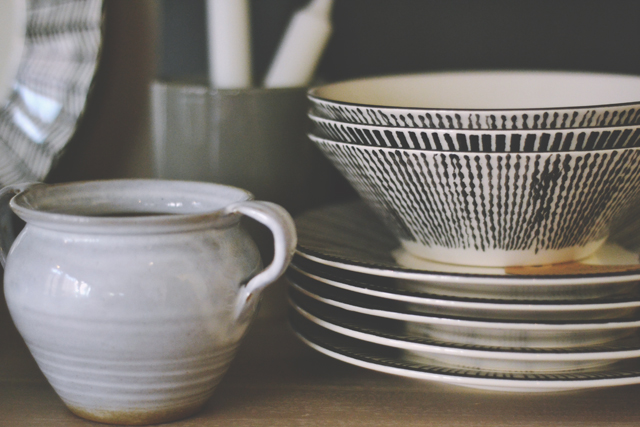 Gray and Willow plates and bowls