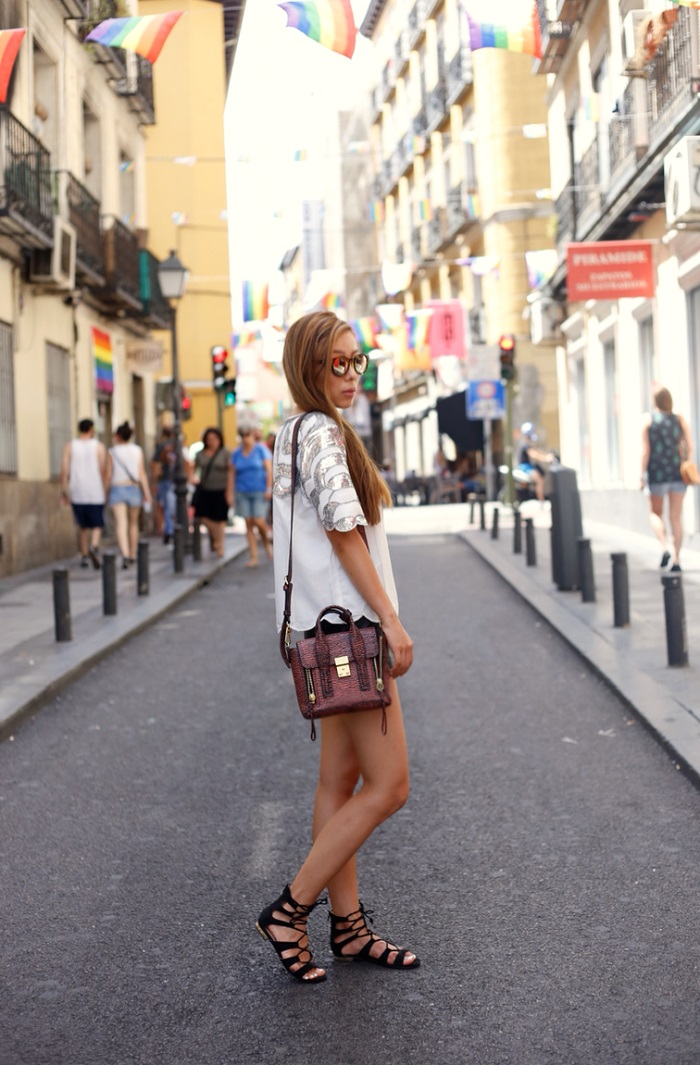 chicwish sequin top, nastygal lethaer shorts, 31phillip lim mini pashli bag, hermes bracelet, topshop lace up sandals, le specs sunglasses, madrid street style, fashion blog, nordstrom anniversary sale