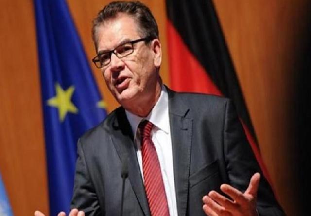 إعادة 200 ألف لاجئ سوري من ألمانيا إلى الأراضي السورية