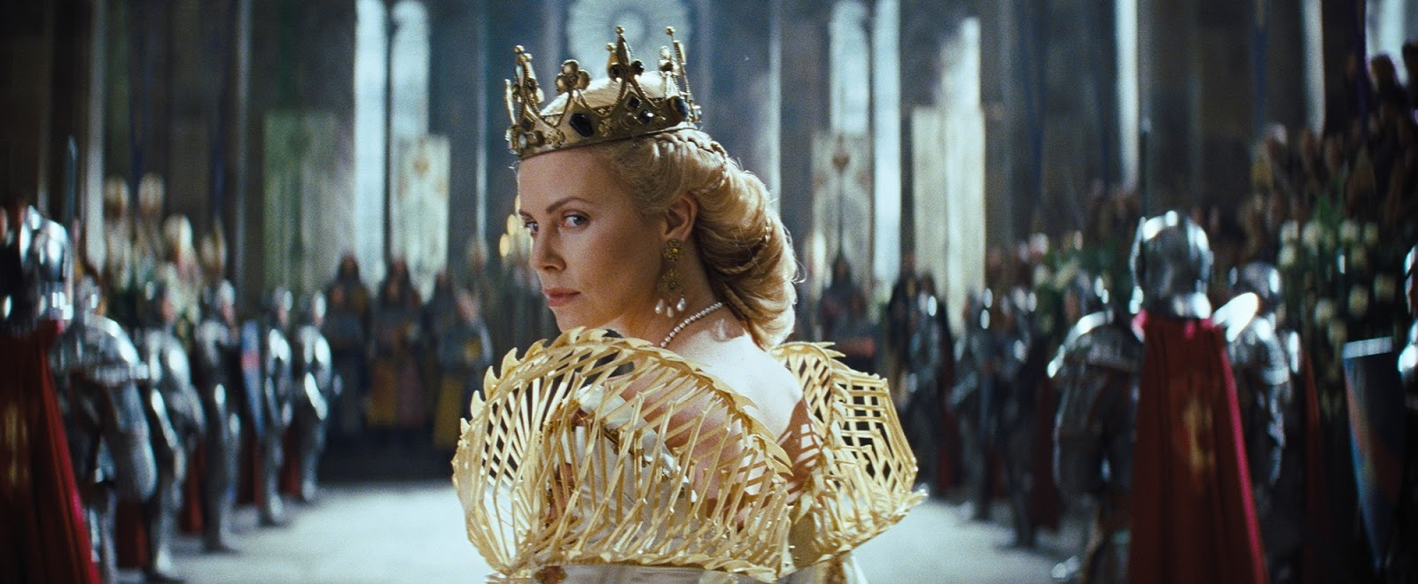 Jennifer Bayley Costume Amp Jewellery Snow White And The Huntsman Ravenna