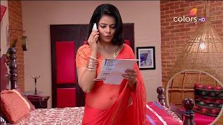 Jigyasa Singh from Thapki Pyaar Ki in Orange Transparent Saree (10).jpg