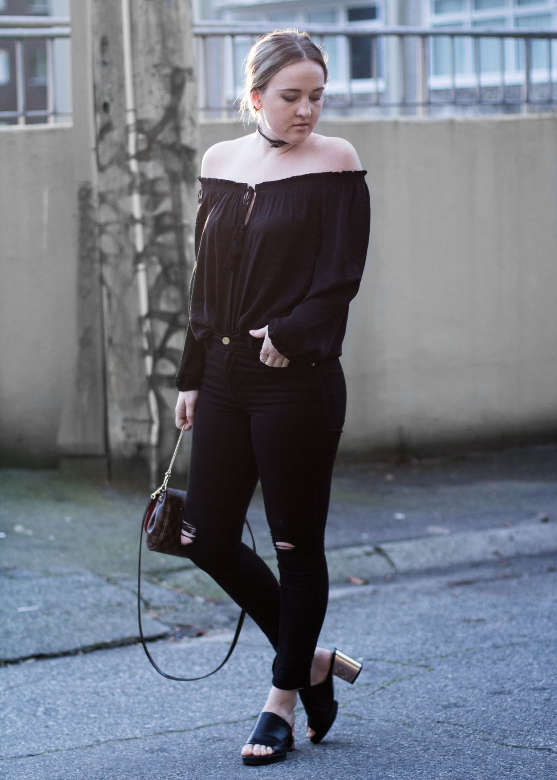 Outfit ideas for Valentine's Day look Date - Fashion Blogger