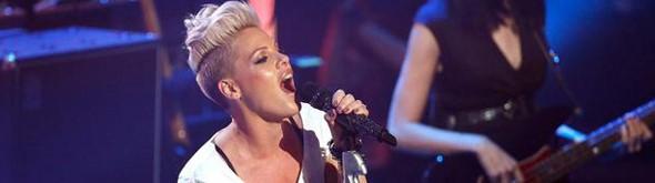 Video: P!nk en el iTunes Festival 2012 (Concierto completo)