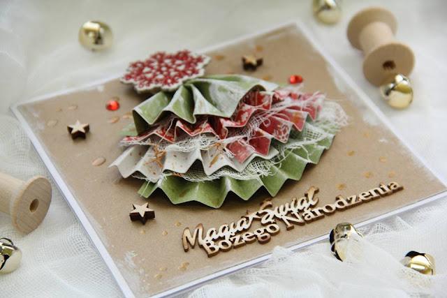 kartka świąteczna ozdobiona choinką 3D