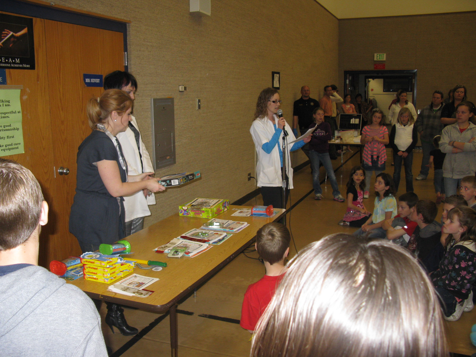 Grand Prize Winners Learned About Circuitry Doing Squishy Circuits