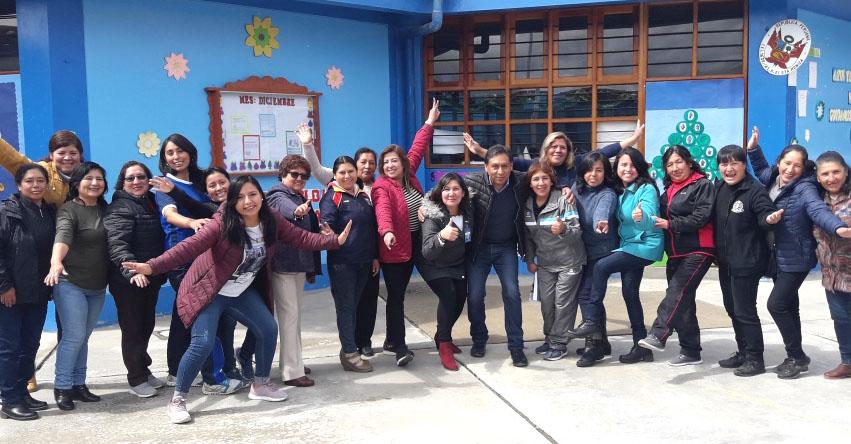Efectúan Micro Taller para docentes de inicial en la UGEL Santiago de Chuco