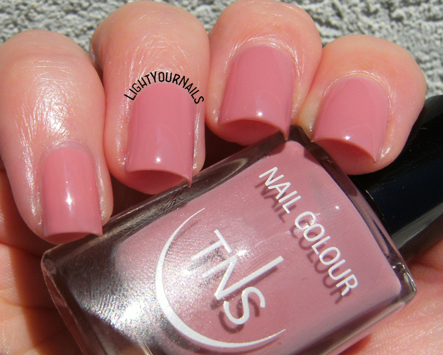 TNS Cosmetics Nude Look: Skinlover