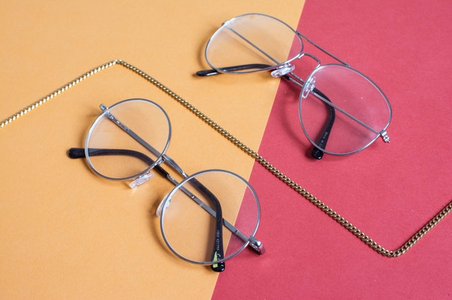 How to choose your travel eyeglasses