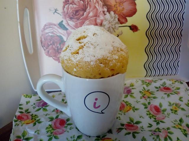 cytrynowa babeczka z kubeczka ciasto z mikrofali babeczka z mikrofalowki ciasto w 3 minuty ciasto cytrynowe babka z kiselem ciasto z kisielem cytrynowym ciasto cytrynowe