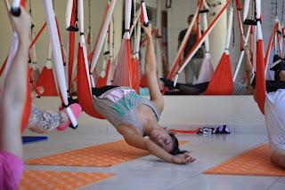 escuela yoga aereo-escuela pilates aereo -madrid-barcelona-castellon