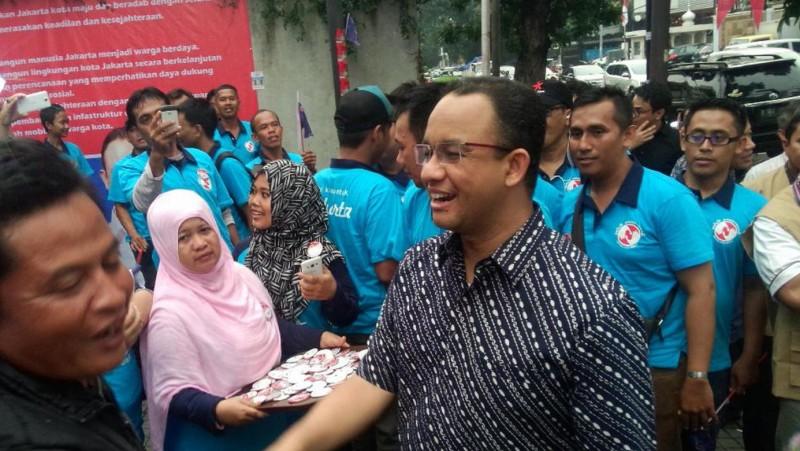 Anies Baswedan bertemu warga Jalan Krapu, Ancol, Jakarta Utara