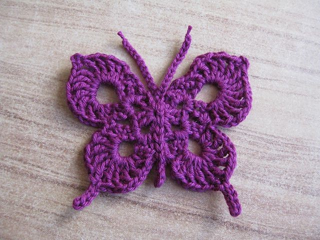 How to make crochet butterfly with graphic.