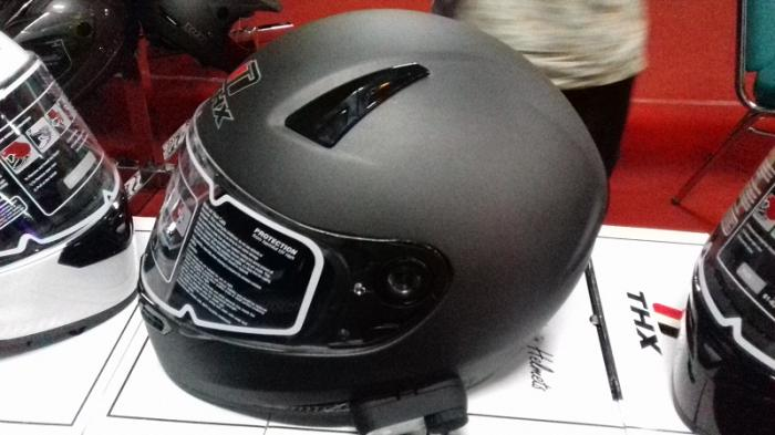 Tips Merawat Helm Full Face Agar Tidak Bau