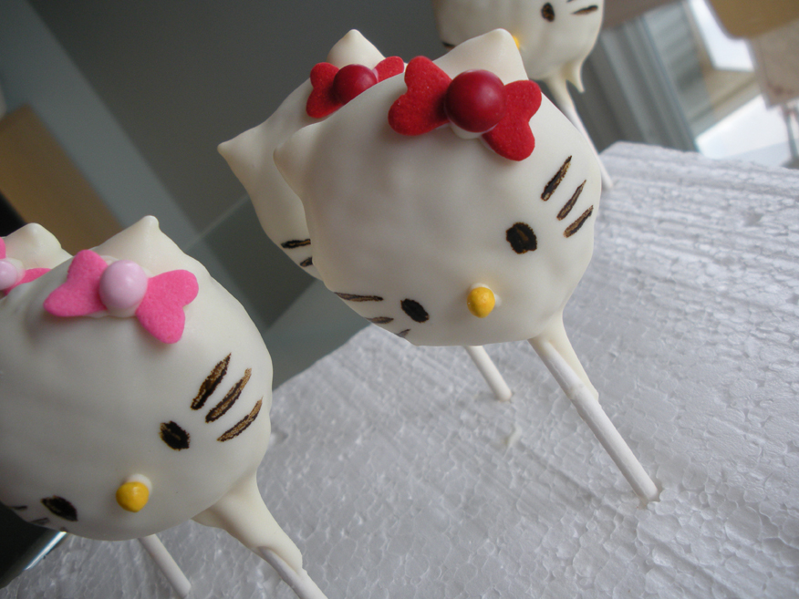 hello kitty cake pops - photo #36