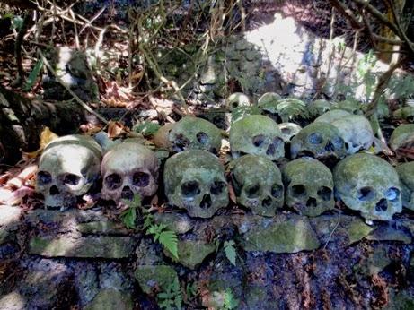 Bali :  Berkeliling Danau Batur, Mengunjungi Kuburan TRUNYAN