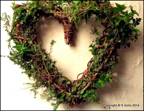 Make a Fresh Herb Wreath