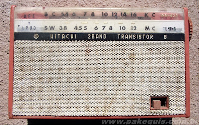 Rádio Hitachi WH825