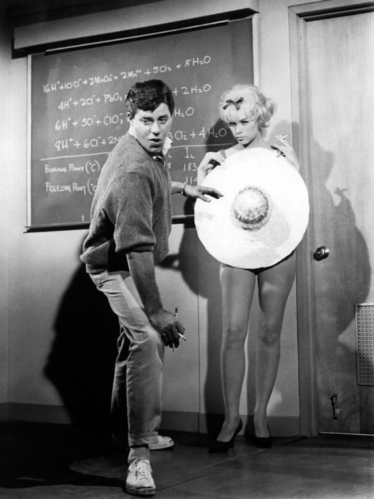 The Nutty Professor 1963 movieloversreviews.filminspector.com DVD Stella Stevens Jerry Lewis