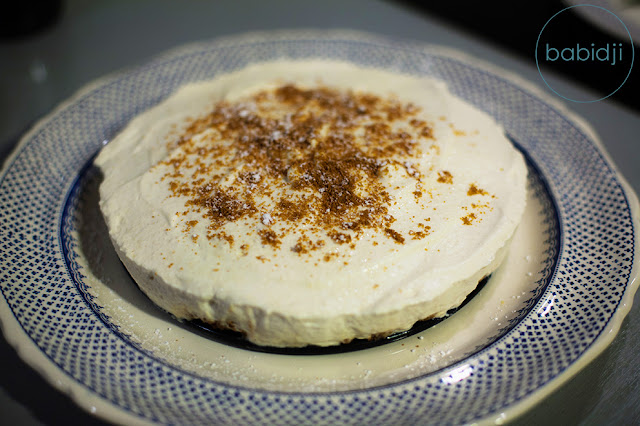 Photo d'un cheesecake maison Poire Speculoos Chantilly